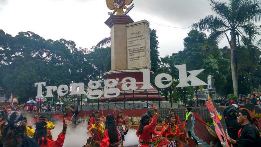 Trenggalek Ethnic Carnival 2016-