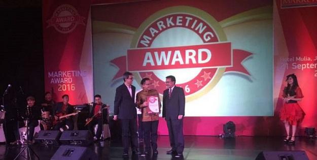 kabupaten-banyuwangi-raih-marketing-award-2016