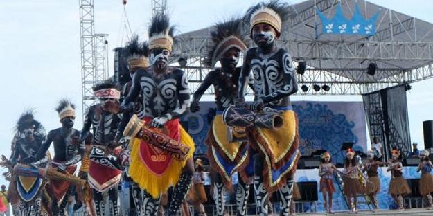 opening-festival-lovely-raja-ampat
